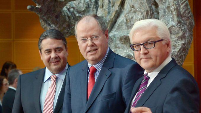 Gehen auf Angriff: Sigmar Gabriel, Frank-Walter Steinmeier und Peer Steinbrück.