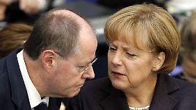 """Reaktionen auf Peer Steinbrück: """"Merkel ist unerreichbar"""""""