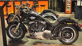 Ein richtig dickes Ding ist die Harley Fat Boy Special.