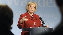 Böhmer: Wer sich den Integrationsbemühungen entziehe, müsse mit Sanktionen rechnen.