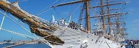 """Ein US-Hedgefonds hat das argentinische Segelschulfschiff """"Libertad"""" kurzerhand als Geisel genommen."""