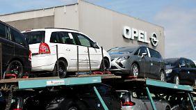 Vereint gegen die Krise?: Opel und Peugeot loten Zusammenschluss aus