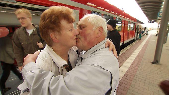 Das muss Liebe sein: Renate und Dieter gehen ran.