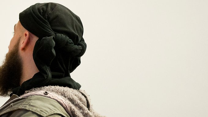 """Murat K.: """"Man kann von einem Muslim nicht erwarten, dass er ruhig bleibt, wenn der Prophet beleidigt wird."""""""