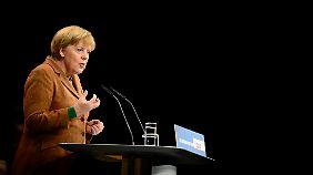Immer unterwegs: Merkel auf dem Landesparteitag der niedersächsischen CDU.