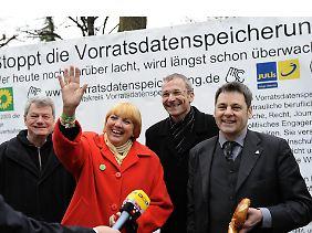 Grünen-Chefin Claudia Roth nach dem Urteil.