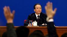 Wen Jiabaos Familie besitzt laut der New York Times Unternehmensbeteiligungen im Wert von 2,1 Milliarden Euro.