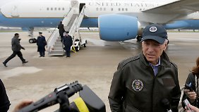 Joe Biden reist mit der Air Force Two stellvertretend für Obama nach Columbus, Ohio.