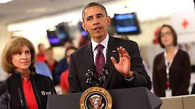 """Präsident als Krisenmanager: """"Sandy"""" gibt Obama Aufwind"""