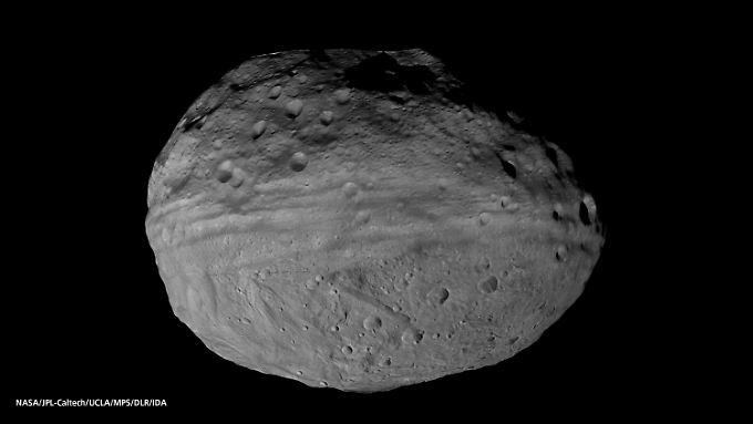 Ein von der NASA-Raumsonde Dawn aufgenommenes Foto des Asteroiden Vesta.