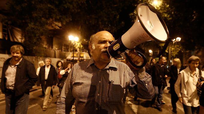 In Griechenland stößt der Sparkurs auf Widerstand.