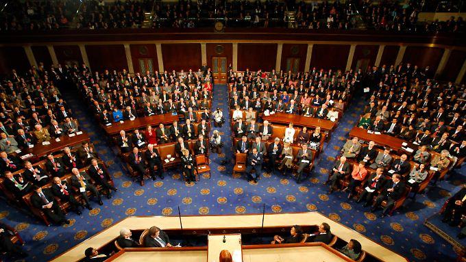 "Senat und Abgeordnetenhaus bilden gemeinsam den ""Kongress"", das Parlament der USA."