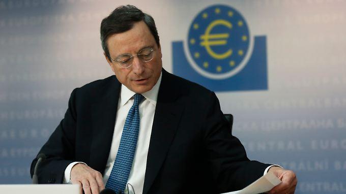Mario Draghi sieht Konjunkturschwäche zumindest bis Ende dieses Jahres.