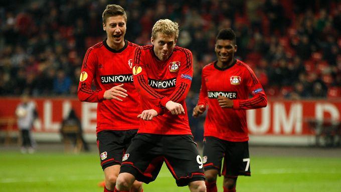 Wie tanzen die Leverkusener? Die Leverkusener tanzen so!