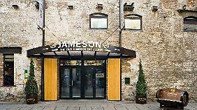Aus der alten Jameson Distillery mitten in Dublin ist ein Museum mit Restaurant und Hotel geworden.