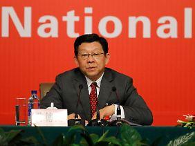 """""""Vergleichsweise düster"""": Handelsminister Chen Deming bei der Pressekonferenz am Rande des Parteitags."""