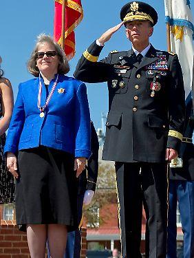 Petraeus mit seiner Frau Holly.