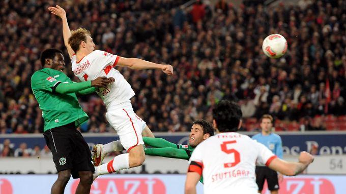 Das Spiel entschieden schien zugunsten des VfB, spielte Hannover auf einmal doch noch mit.