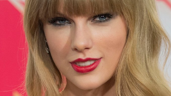Taylor Swift in Frankfurt am Main bei der Verleihung der 19. MTV Europe Music Awards 2012.