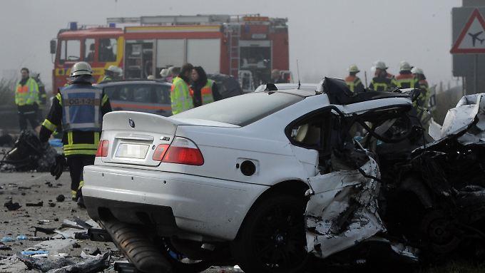 Sechs Tote auf der A5: Geisterfahrer verursacht schweren Unfall