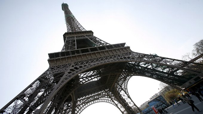 Frankreichs Regierung hat große Reformpläne, aber die Ratingagenturen zweifeln an der Umsetzung.