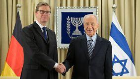 Westerwelle und Peres.