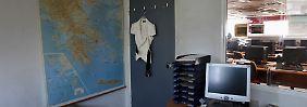 Wie gut sind die Datenbanken der Verwaltung vor unbefugtem Zugriff geschützt? Einer von abertausend Netzzugängen in einem Athener Büro.