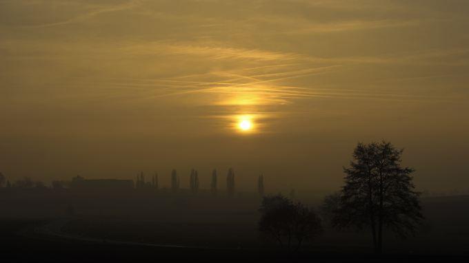 Die Tage werden kürzer und der Nebel bleibt länger.