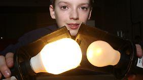 Wie hell eine Energiesparlampe leuchtet, ist eine Frage der Lumenzahl.