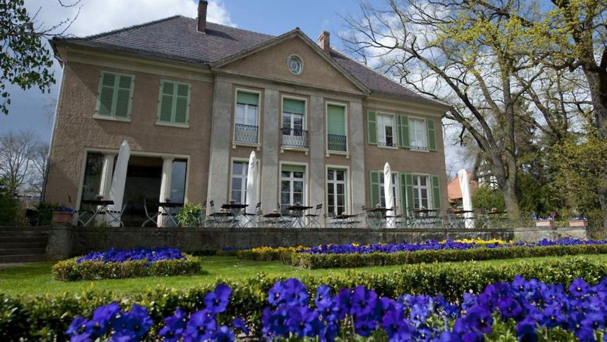 liebermann villa am wannsee 100 jahre haus im gr nen n. Black Bedroom Furniture Sets. Home Design Ideas