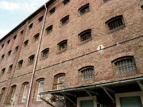 Im Gefängnis Waldheim fanden im Frühjahr 1950 die berüchtigten Waldheimer Prozesse statt, ...