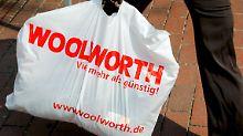 Ringen um Woolworth: Tengelmann mischt mit