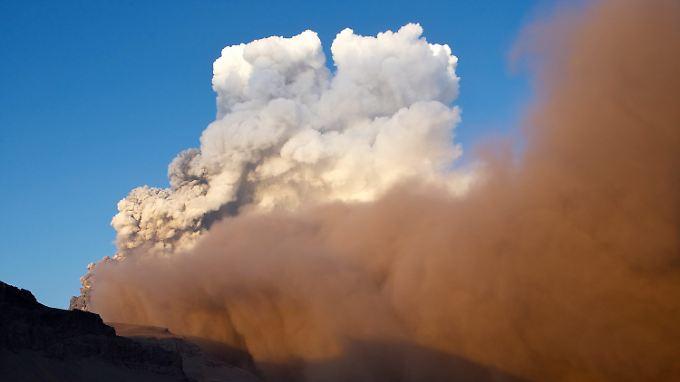 In Indonesien kommt es immer wieder zu Vulkanausbrüchen (Archivbild).