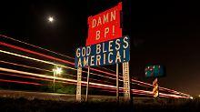 An einer Fernstraße südlich von Belle Chasse in Louisiana.