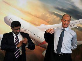 Emirates-Chef Scheich Ahmed bin Said al-Maktum und Airbus-Chef Thomas Enders.