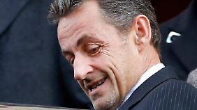 Sarkozy sucht einen Nachfolger, vielleicht aber auch einen Steigbügelhalter.