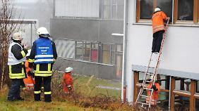 Behindertenwerkstatt brennt: 14 Menschen sterben in den Flammen