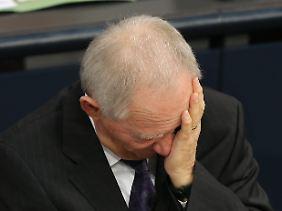 Schäuble warnt vor einem Schuldenschnitt.
