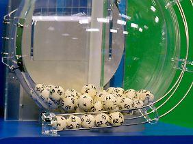 Lotto - die Chance auf den großen Gewinn sind minimal.