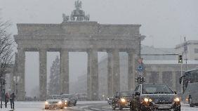 Schneefall am Brandenburger Tor
