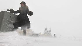 Da kann einem angst und bange werden. Klirrender Winter auf dem Roten Platz, aber kein Weltuntergang.