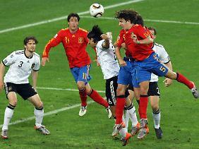 Carles Puyol, im WM-Halbfinale 2010 der Siegtorschütze gegen Deutschland, ist die personifizierte spanische Leidensfähigkeit.