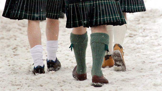 Auch Männer sollten im Winter nicht nur Mütze und Schal tragen.