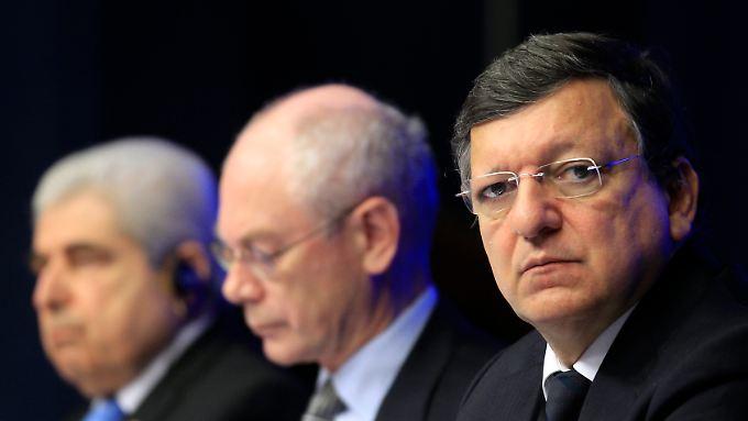 Zyperns Präsident Demetris Christofias, EU-Ratspräsident Herman van Rompuy und EU-Kommissionspräsident Jose Manuel Barroso.
