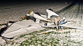 Acht Tote bei Flugzeugunglück in Hessen: Kleinflugzeuge prallen aufeinander