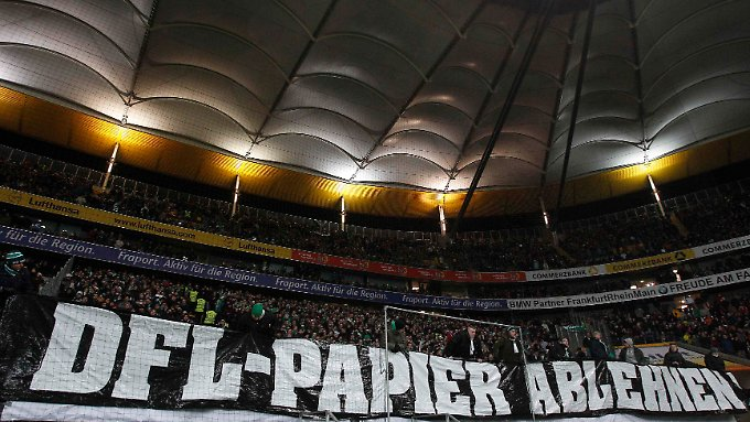 Ungehörter Protest: Das Sicherheitskonzept der Deutschen Fußball-Liga ist durch.
