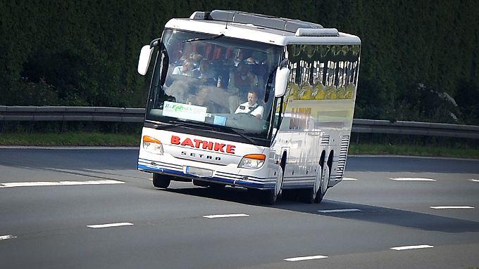 Bus statt Bahn - ab 2014 bekommt die Deutsche Bahn Konkurrenz im Fernverkehr. Das ist in anderen EU-Ländern schon Alltag.