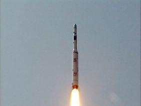 Start der Unha-3-Rakete.