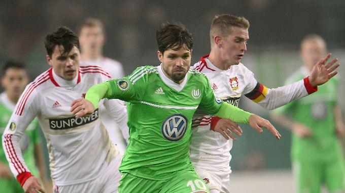 Wolfsburg feiert späten Sieg gegen Leverkusen.