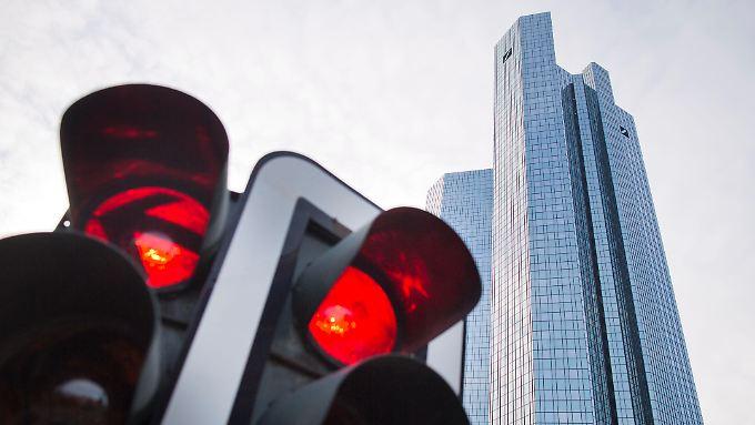 Die Deutsche Bank soll sich geweigert haben, brisante Akten an die Ermittler herauszurücken.